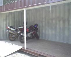 バイク、自転車の保管庫