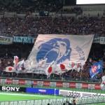 日本代表応援の巨大フラッグ