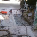 土間の掘削作業