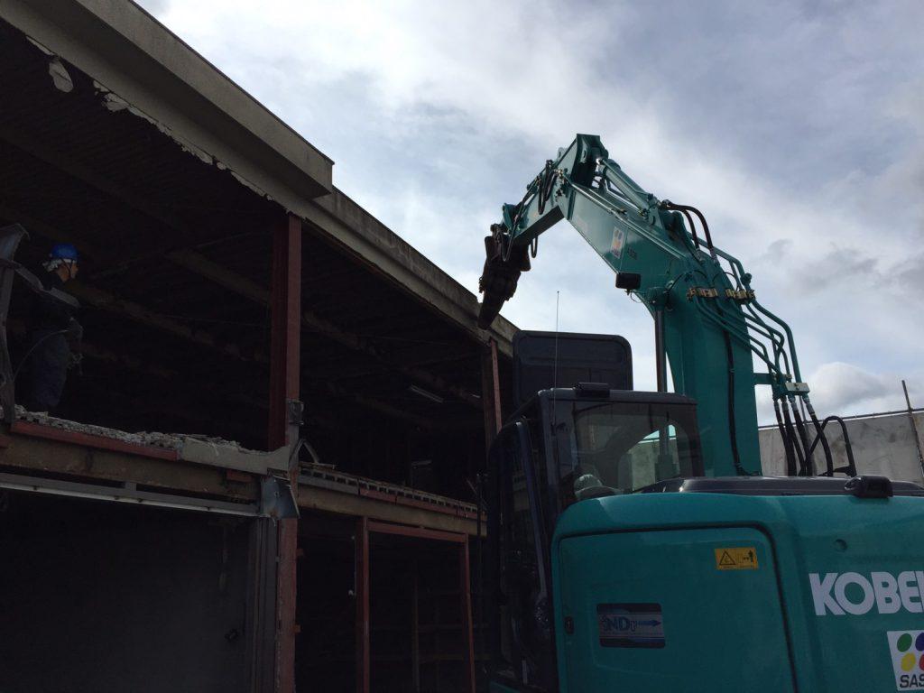 奈良市M様|重量鉄骨づくりの食品工場解体工事3