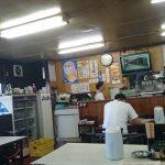 食堂楽さんの店内