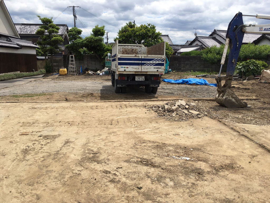 土間コンクリートの撤去