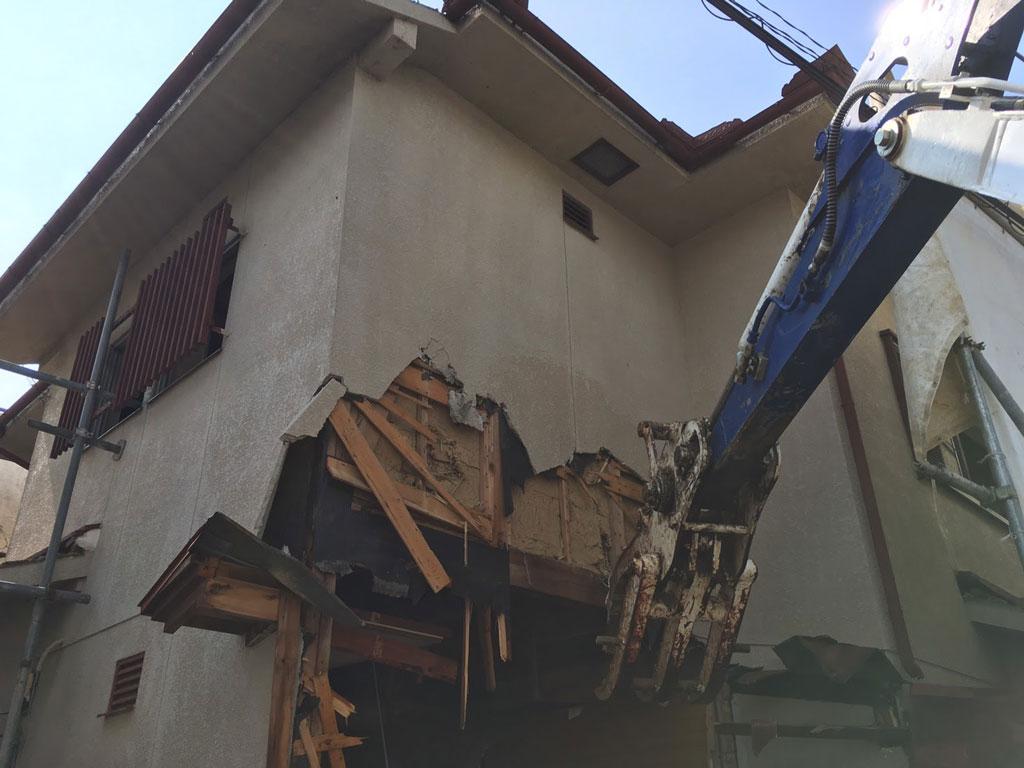 建物取り壊し