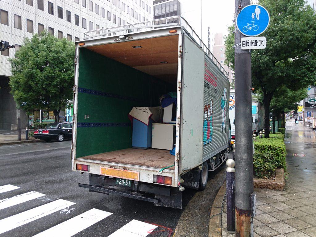 信濃橋交差点にてお引越6