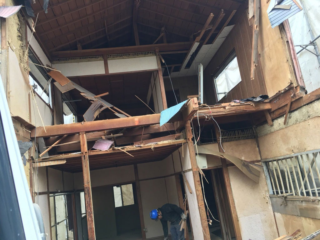 借家を買取って新築に   奈良市で解体工事