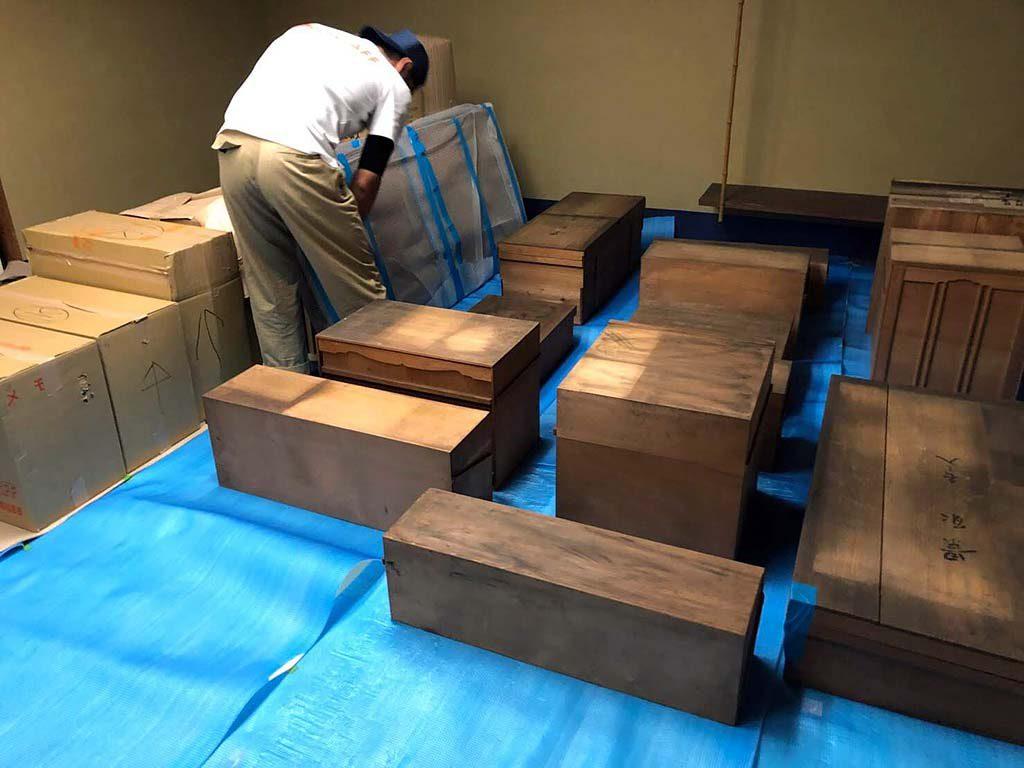 東京都から依水園様へ美術品運搬
