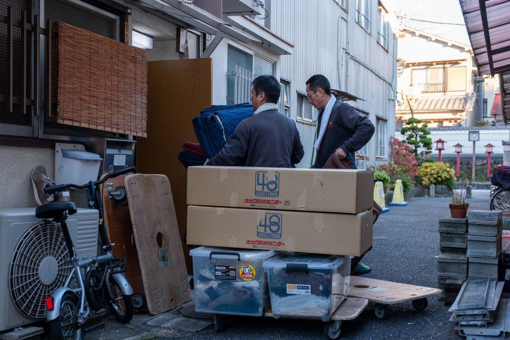 建て替え引越/茨木市積地/お荷物運び出し①