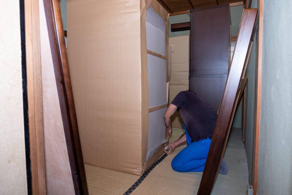 橿原市にてお建て替え 家具梱包4
