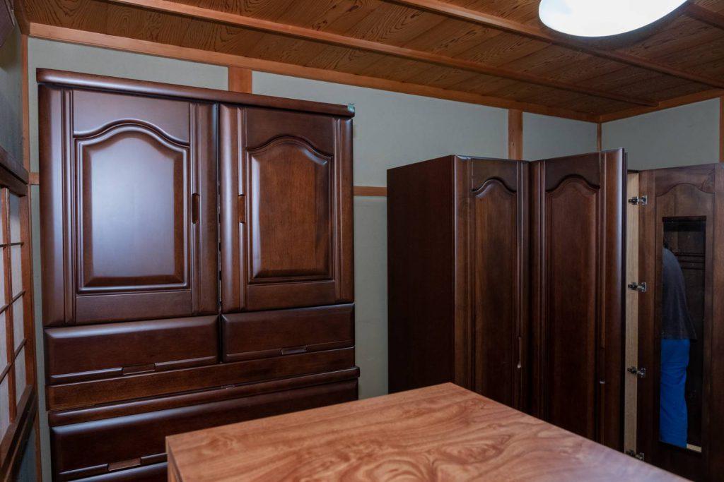 橿原市にてお建て替え 家具1