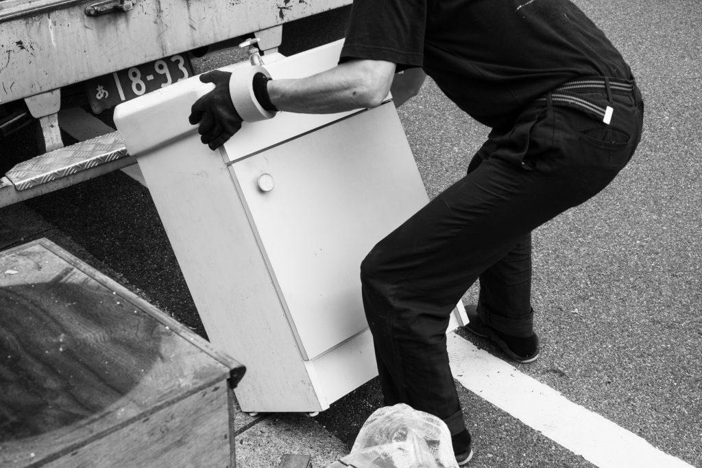 売却予定家屋内の不用品引取ー搬出2|奈良県斑鳩町